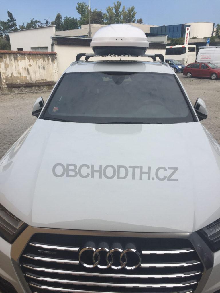 Audi Q7 Thule Edge + Motion 800 White